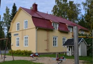 talo_leikkipaikka